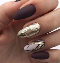 """If you're unfamiliar with nail trends and you hear the words """"coffin nails,"""" what comes to mind? It's not nails with coffins drawn on them. It's long nails with a square tip, and the look has. Dark Nails, Gold Nails, Matte Nails, Fun Nails, Acrylic Nails, Rose Gold Glitter Nails, Coffin Nails, Dark Nail Art, Brown Nail Art"""
