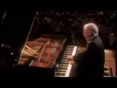 Daniel Barenboim plays Beethoven Sonata No. 8 Op. 13 (Pathetique) - YouTube