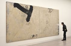 Antoni Tapies l abstract art l painting l black l canvas Contemporary Abstract Art, Modern Art, Art Espagnole, Industrial Wall Art, Abstract Drawings, Wall Art Designs, Abstract Expressionism, Painting Inspiration, Collage Art