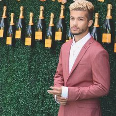 1.2m Followers, 988 Following, 1,971 Posts - See Instagram photos and videos from Jordan Fisher (@jordan_fisher) Dream Guy Quotes, Pretty People, Beautiful People, Disney Boys, Celebrity Beauty, Celebs, Celebrities, Attractive Men, Cute Guys