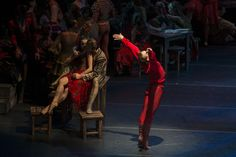 Carmen (Andreza Randisek), Escamillo (Rodrigo Guzmán) y Don José (Luis Ortigoza). Funciones del 3 al 6 de septiembre. Foto: Patricio Melo