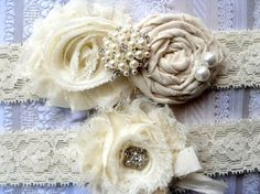 Liga... Liga de la boda... Liga marfil... por CutieButtsBoutique, $24.99