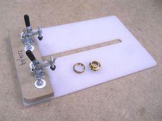 Router Table Guide Bushing Substitute / Substitut pour table à toupie sans guide de gabarit | Atelier du Bricoleur (menuiserie)…..…… Woodworking Hobbyist's Workshop