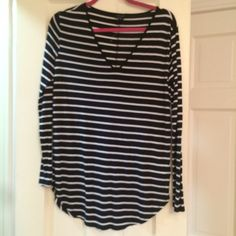 Striped GAP Long Sleeve Shirt Dark Navy and White soft long sleeve shirt, NWOT GAP Tops Tees - Long Sleeve