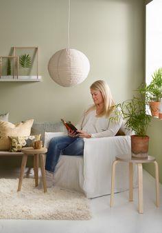 VEGG: JOTUN SENS 07 3i1 VEGG/PANEL/LIST 8302 LAURBÆR KRAKK: 1233 MOHAIR Colour List, Color Of Life, Retro Furniture, Home Office, Bean Bag Chair, Accent Chairs, Interior Decorating, Shabby, Relax