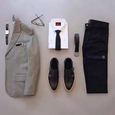 Stylish Mens Clothes That Any Guy Would Love Mens Clothing Ideas - Best Fashions for All Fashion Mode, Look Fashion, Fashion Outfits, Fashion Clothes, Fashion Styles, Retro Fashion, Winter Fashion, Fashion Tips, Gentleman Shoes