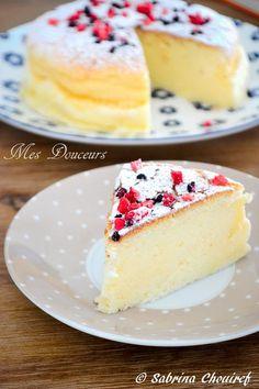 Nuage au citron J'avais envie d'un gâteau au citron, j'ai toujours été déçu du moelleux au citron et je n'arrivais jamais à trouver la bonne recette. ur...