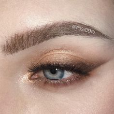 Would you like to try some bold eye makeup to inspire yourself to change your life? Eye makeup has always been at the forefront of fashion. Eye Makeup Diy, Bold Eye Makeup, Nude Makeup, Kiss Makeup, Glam Makeup, Makeup Inspo, Bridal Makeup, Wedding Makeup, Makeup Inspiration