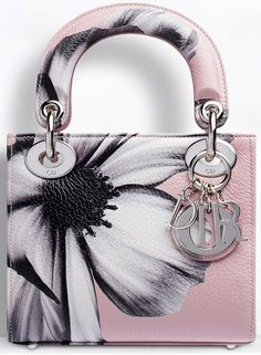 Painted Bags, Floral Bags, Painting Leather, Purse Styles, Cute Bags, Lady Dior, Bag Sale, Handbag Accessories, Purse Wallet