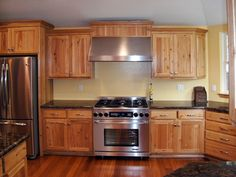 Kitchen Design Hickory Cabinets Custom Hickory Kitchen Remodel Kitchen Cabinets Have A Natural Finish