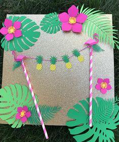 Pineapple flamingo cake topper Lets flamingle party like a Aloha Party, Tiki Party, Luau Party, Hawaiian Birthday, Luau Birthday, Birthday Parties, Flamingo Cake, Flamingo Birthday, Flamenco Party