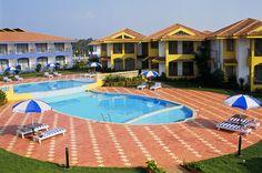 Baywatch Resort on the Sernabatim beach is refined with 5 star facilities and amenities