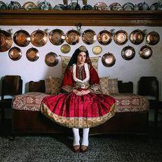 Mediterranean People, Greek Traditional Dress, Greek Costumes, Greek Culture, Greek Mythology, Ethnic, Folk, Beautiful, Instagram