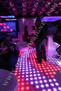 Good Free LED DANCE FLOOR RETRO-MODERN - 64 High Power Pixels per sq. meter Tips In the numerous years, we have spent on the dance floors of the earth, we've skilled some situat