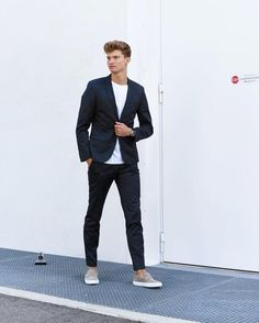8 Absolutely Stunning #Minimalists Looks #mensfashion