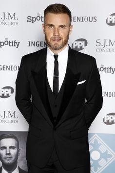Gary Barlow...beautiful suit...nniiiccceeeee