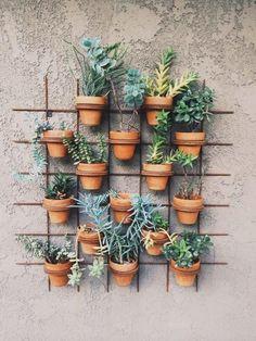 Aprenda Como Fazer Jardim Vertical – 2 Modelos Fáceis e Econômicos | Revista Artesanato