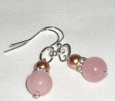 Dangle earrings with  rhinestones and pink quartz by Momentidoro, €23.00