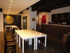 #Contract #Contemporaneo #Bar #Sillas #Encimeras #Mesas de comedor #Lamparas