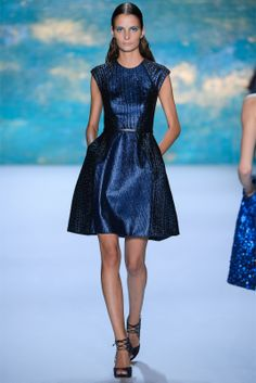 Another great dress by Monique Lhuillier - Spring Summer 2013 Ready-To-Wear - Shows - Vogue.it