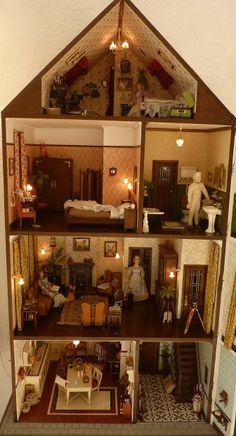 Grachtenpand - In Het Mini - Koddels, Poppenhuizen en Miniaturen (interior of house pinned alongside .click for more pics)