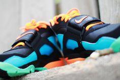 Nike Air Diamond Turf – Black/Total Orange-Gamma Blue-Green Glow – New Images