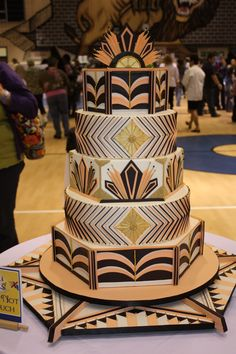 Sweet Eats Cakes: Capital Area Cake Show 2013 Wedding Cakes Art Deco Cake, Cake Art, Art Deco Wedding Cakes, Crazy Cakes, Fancy Cakes, Great Gatsby Cake, African Wedding Cakes, African Cake, Cake Show