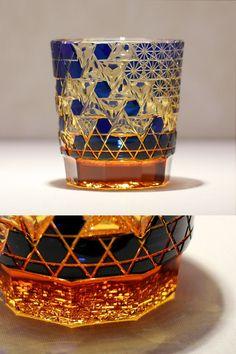 クリスタルガラスを楽しむ:「伝統工芸士 但野英芳氏 作品展」のご紹介 | カガミクリスタル Art Of Glass, Cut Glass, Laser Art, Japanese Patterns, Glass Vessel, Japan Art, Glass Design, Sculpture Art, Kitchenware
