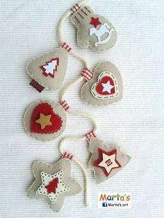 Guirnalda de adornos de Navidad en fieltro - Felt Christmas ornaments garland