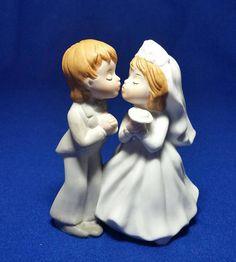 Lefton Wedding Kissing Couple Cake Topper/Lefton 04567/Vintage
