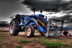 Ford Tractor | Jon Turner Photography