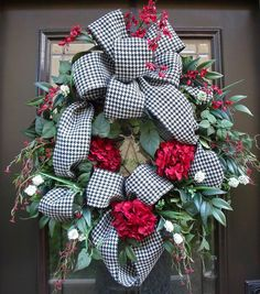 Houndstooth Ribbon Wreath by LuxeWreaths on Etsy