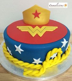 Wonder Woman Cake #wonderwoman