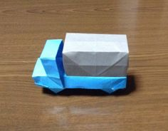 How to Make a origami truck Origami Car, Origami Yoda, Origami Videos, Origami And Kirigami, Origami Dragon, Fabric Origami, Origami Fish, Modular Origami, Paper Crafts Origami