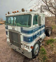 Junior Elmore's 1975 Diamond Reo cabover No. or: The corn-fed kid in Nebraska Kenworth Trucks, Mack Trucks, Big Rig Trucks, Semi Trucks, Cool Trucks, Pickup Trucks, Peterbilt, Truck Transport, Old Lorries