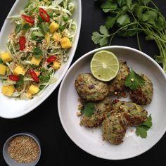 Vanløse blues.....: Exotiske kyllingefrikadeller & sprød koriander salat