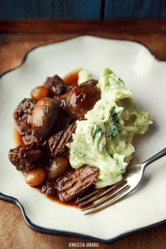 Beef stew with red wine and porto