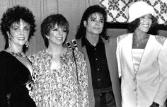 4 of the most beautiful women ever: Elizabeth Taylor, Liza Minelli, Michael Jackson, and Whitney Houston