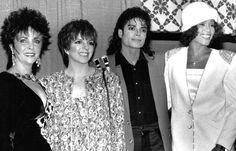 Elizabeth Taylor, Liza Minelli, Michael Jackson, and Whitney Houston: all in one photo!