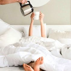 "I need more coffee"" isn't this the hookup! ⠀ When your stuck in the bed because your Luxe Sheet Set is JUST THAT COMFY! ⠀ For a chance to win your very own set: ⠀ Like this post & Comment below! Coffee Photography, Creative Photography, Lifestyle Photography, Photography Poses, Home Photo Shoots, Bed Photos, Coffee Girl, Coffee In Bed, Breakfast In Bed"