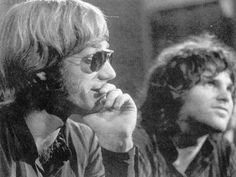 The Doors: Ray Manzarek & Jim Morrison The Doors Jim Morrison, The Doors Of Perception, Riders On The Storm, Debbie Gibson, I Hate People, American Poets, Lady And Gentlemen, Music Love, Amor