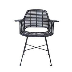 Les nouvelles chaises en rotin de HK Living (Collection 2015), s'adapteront parfaitement dans un intérieur Scandinave.