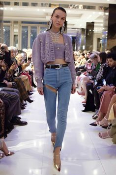Alessandra Rich Fall 2019 Fashion Show Fashion Killa, 90s Fashion, Runway Fashion, Fashion Show, Fashion Looks, Womens Fashion, Fashion Trends, Dubai Fashion, High Fashion Outfits