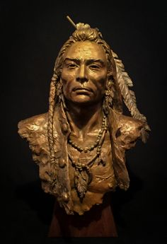 """Heather"" Kaiser at the 2018 Perspectives of the American Experience exhibition Rockwell Museum Corning NY American Indian Art, Native American History, Native American Indians, Pottery Sculpture, Bronze Sculpture, Wood Sculpture, Wood Carving Art, Wood Art, Art Premier"