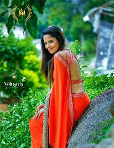 Film Actress: TV Anchor Anasuya Sexy Saree Photoshoot Stills Most Beautiful Indian Actress, Beautiful Actresses, Beautiful Heroine, Tv Actress Images, Glamour Ladies, Saree Photoshoot, Fancy Blouse Designs, Indian Beauty Saree, Indian Sarees