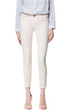 Image 2 of CROPPED WHITE JEANS from Zara