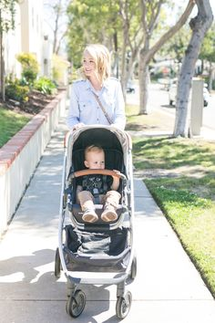 @thestyleeditrix takes the Gregory CRUZ for a spin with her little one. Read why she loves this stroller for strolling around town! #UbCRUZ #babygear