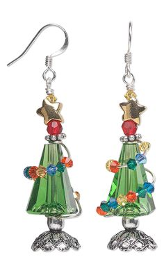 Christmas Tree Earrings with Swarovski Crystal Beads and Wire Wrap by Jamie Smedley. #crystalbeads #earrings