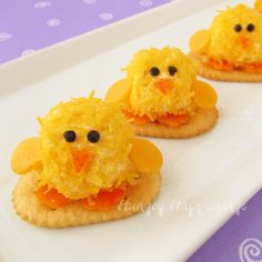 Hungry Happenings: Baby Chick Cheese Balls - cute little appetizers for Easter dinner #food #yummy #delicious