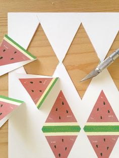 free printable watermelon bunting (for all of your summer parties)